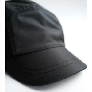 Zara Technical Mesh Cap